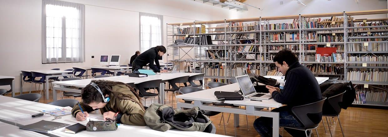 развивать организационные навыки и ...: theacademicadvisor.com.ua/italiya-nuova-accademia-di-belle-arti-milano