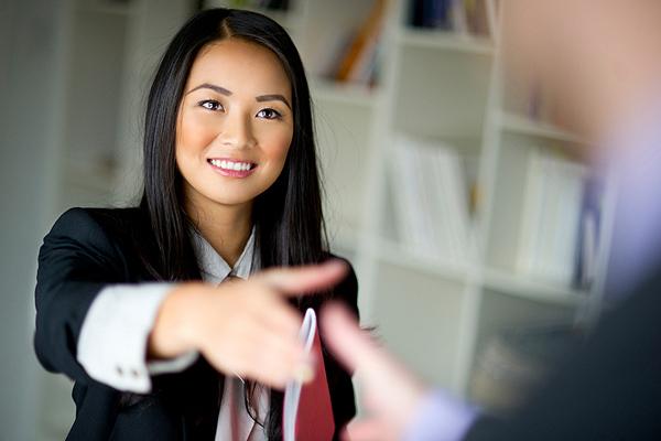 job applicant makes a good first impression