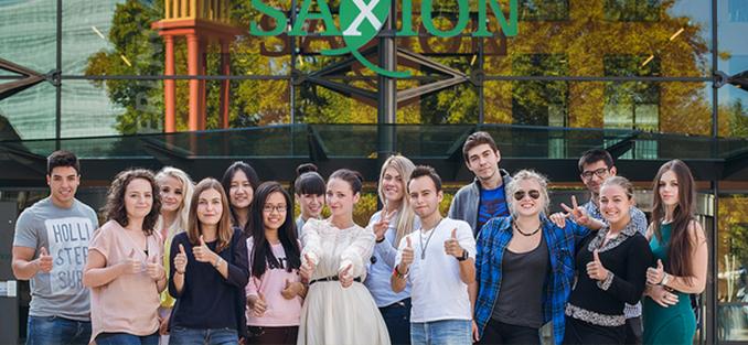 saxion-2