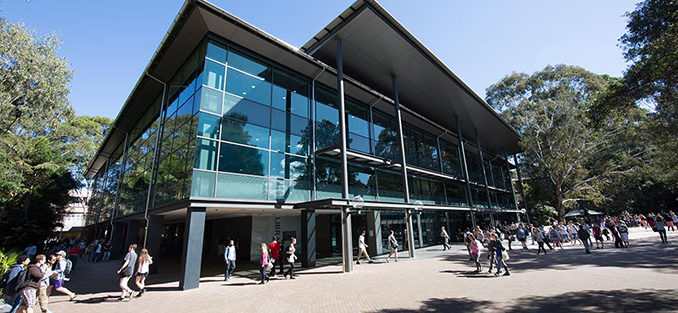 Поступить в University of Wollongong